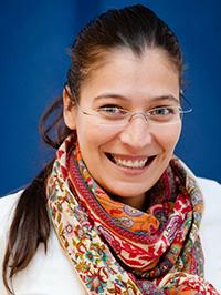 Dr. Iris Pia Schenk